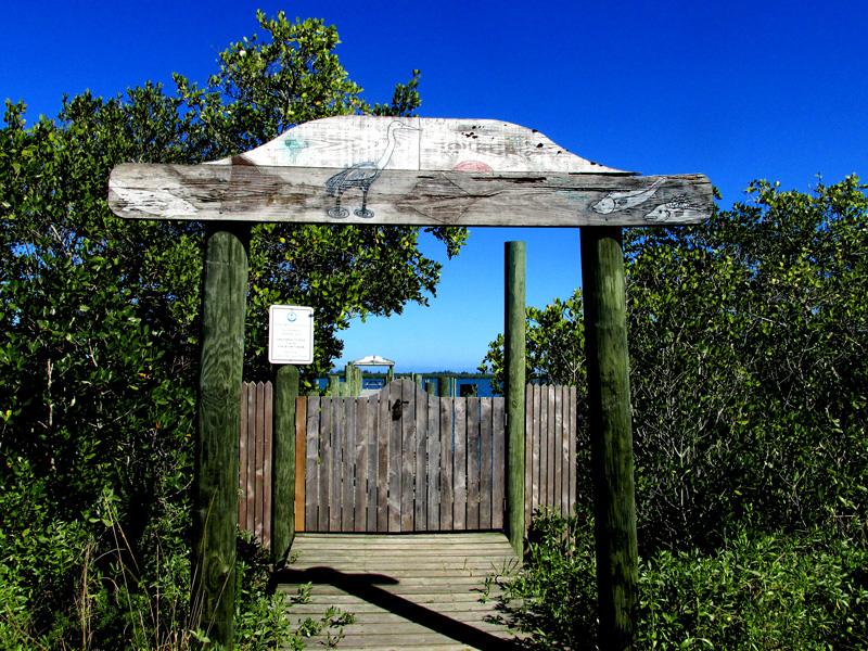 !trwt-dock-entrance